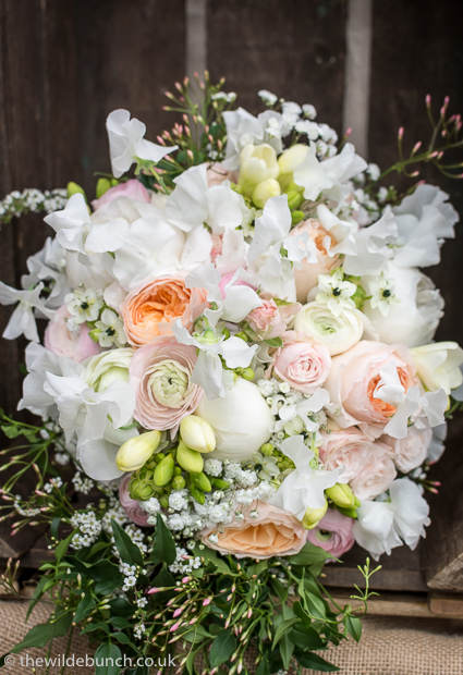 Delicate peach bouquet